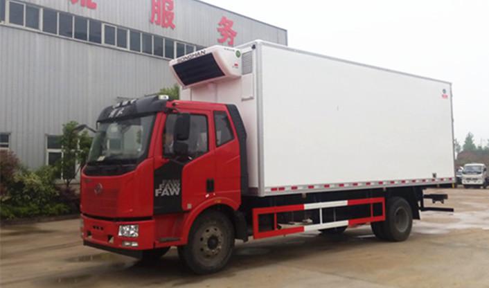 7米6解放J6冷藏车大柴180马力