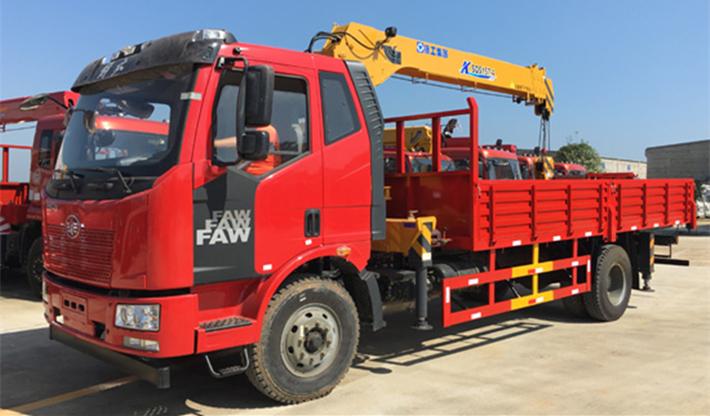 解放J6三一(徐工)6.3吨7吨8吨随车吊