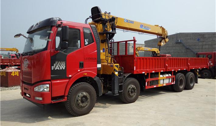 解放J6前四后八徐工10吨12吨14吨16吨随车吊