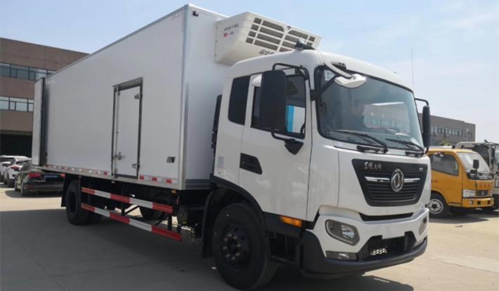 最新款东风天锦KR冷藏车箱长6米2 6米8 7米8肉挂冷藏车价格配置